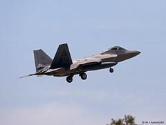 United States Air Force Lockheed F-22A Raptor TY/04-4080, 95th FS on short finals for Morón AFB/LEMO (Mosh70) Tags: morónairbase lemo unitedstatesairforce unitedstatesairforceeurope lockheed f22araptor f22a tyndall ty 044080 054081 95thfs