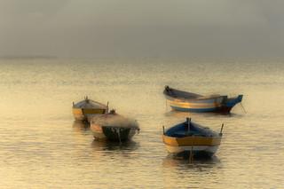 Calma, sossego ...Cores do outono no canto da Praia Rasa, em Búzios.