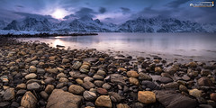 Silent shore (dieLeuchtturms) Tags: fjord schnee norwegen küste gezeiten winter europa lyngenalpen sonnenuntergang 2x1 atlantik troms panorama meer lyngenfjord langzeitbelichtung europe lyngenalps norge norway coast longexposure longtimeexposure sea shore snow sunset tides no