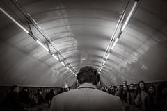 (Kathleen Van Hamme) Tags: londen london april2018 subway tube londontube streetsoflondon straatfotografie streetphotography metro mindthegap underground blackwhite blackandwhite