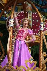 Dreaming Up! (sidonald) Tags: tokyo disney tokyodisneyland tdl tokyodisneyresort tdr dreamingup parade happiestcelebration 35thanniversary ディズニーランド ドリーミング・アップ! パレード ハピエスト・セレブレーション! 35周年 rapunzel ラプンツェル