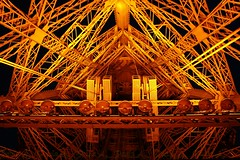 Eiffel tower (_Paula AnDDrade) Tags: topf25 architecture photography fotografia paulaanddrade abigfave