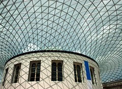 British Museum (Heaven`s Gate (John)) Tags: shadow sky sunlight london art stone architecture geotagged design steel creative architect britishmuseum top20arch sirnormanfoster interestingness448 i500 25faves johndalkin heavensgatejohn geo:lat=51519479 geo:lon=0127287