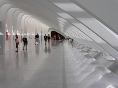 Milwaukee Art Museum 6 (Bill in STL) Tags: art museum architecture modern flow great symmetry calatrava milwaukeeartmuseum milwaukee santiagocalatrava milwaukeewisconsin popularphotography popphoto
