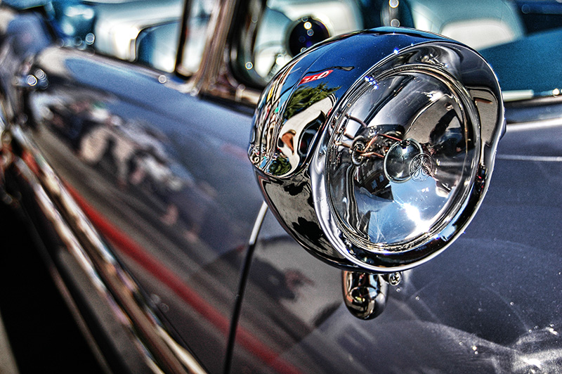 Side light detail