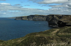Cliffs of Moher (the_girl) Tags: ireland cliff cliffsofmoher atlanticocean countyclare hagshead