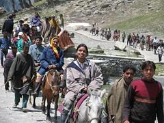 Tourists on mountain (Shannon NYC) Tags: india love tourist shannon kashmir mostafa salameh