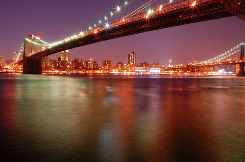 Ponte do Brooklyn à noite - Jerrold