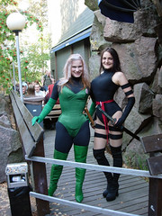 Rogue & Psylocke (Suviko) Tags: game espoo costume comic cosplay terrace 2006 xmen convention corset rogue roleplaying psylocke ropecon keltsu