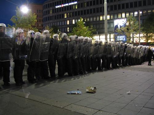 Poliisinäyttely