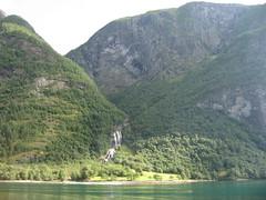 IMG_0587 (tameraboom) Tags: flam naerofjord
