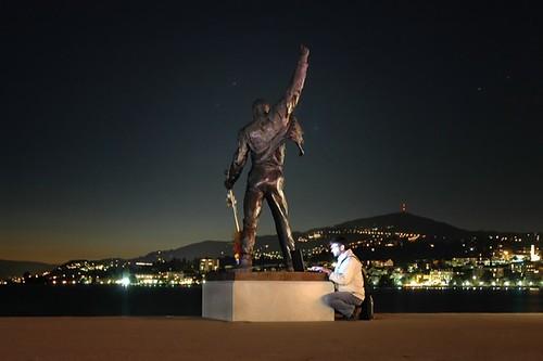 Estatua de Freddie Mercury con Wi-Fi