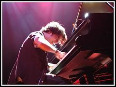 cullum. (codevilla) Tags: show music piano portoalegre música jamiecullum challengeyouwinner teatrodosesi nãoéosinatrajr cervejapolar