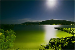Moonlit Airlie Beach (aumbody images) Tags: ocean longexposure light moon colour nature water night boat bravo searchthebest quality australia tokina1224 whitsundays queensland moonlight airliebeach 30d spectnight aumbodyimages fivestarsgallery abigfave p1f1 artlibre sellingqld thepinnaclehof tphofweek21