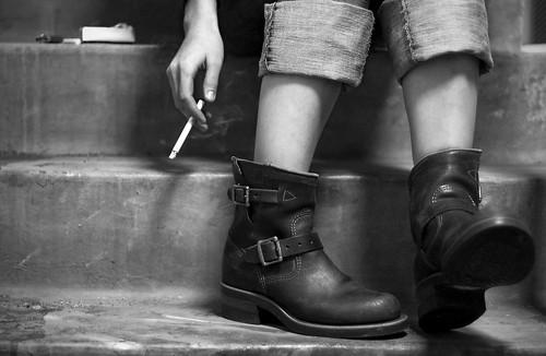 _berc 拍攝的 smoking I。