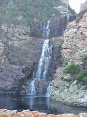 Otter Trail Wasserfall (sapienz) Tags: pool wasserfall tag natur bad trail gelb otter sdafrika tsitsikamma pur klettern erster hochwasser duft brandung springen tatze anstrengung zwischenstopp
