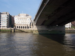 100_1384.JPG (Miki the Diet Coke Girl) Tags: england london thamesriver riverboatcruise
