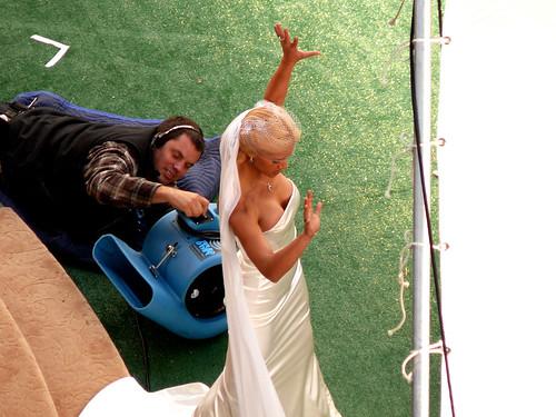 Doble de Jessica Alba Los 4 Fantásticos 2 novia