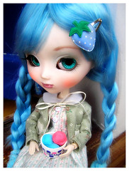 Ice cream time (CherrySoda!) Tags: cute toy toys doll icecream kawaii pullip bluehair custompullip