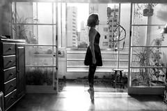 Foto-Arô Ribeiro-2650 (Arô Ribeiro) Tags: photography laphotographie blackwhitephotos blackandwhite art bw nikond7000 thebestofnikon nikon brazil sãopaulo arôribeirofotógrafo ballet dançaclássica lauracornejo