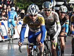 DSCN3933 (Ronan Caroff) Tags: cycling cyclisme ciclismo cyclist cycliste cyclists velo bike course race lannilis bretagne breizh brittany 29 finistère france coupedefrance trobroleon ribin ribinou dust mud boue poussiere men man sport sports avril april