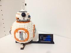 BB-8...Our new little friend! (valeolligio) Tags: rey luke disney finn poe 75187 wars star starwars bb8 lego friend little rose droide droid