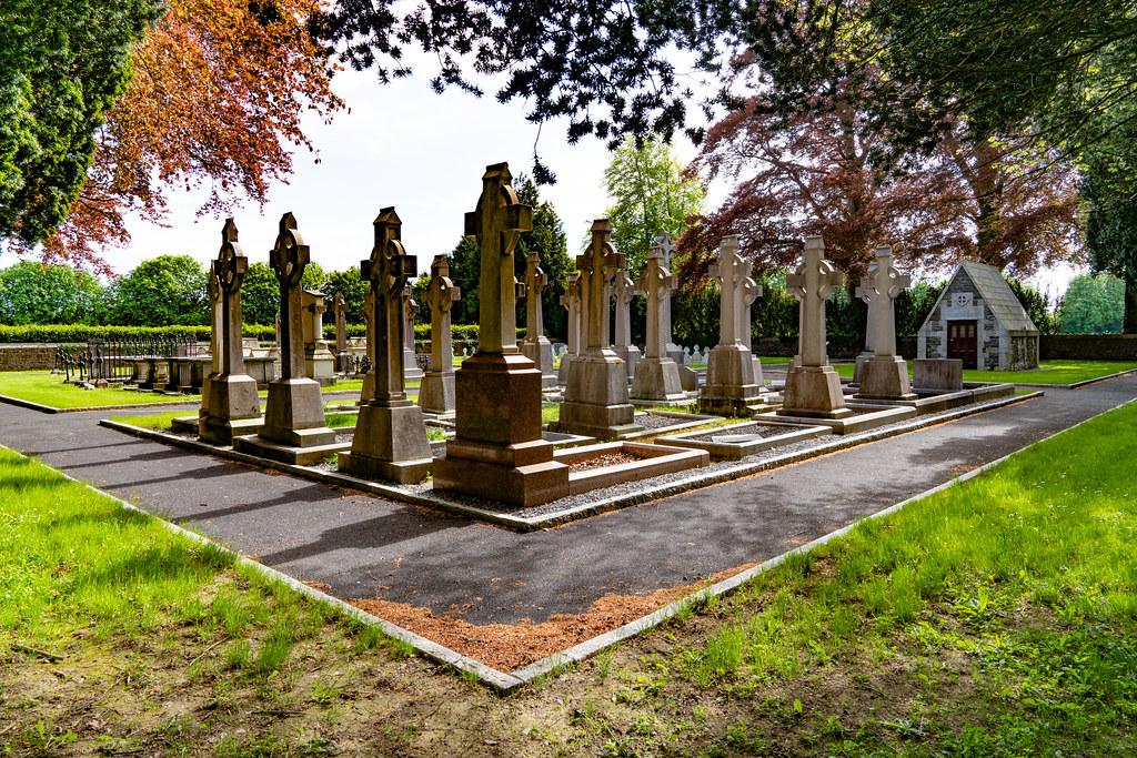ST. PATRICK'S COLLEGE CEMETERY IN MAYNOOTH [SONY A7RIII IN FULL-FRAME MODE]-139564