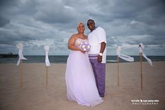 SERG0243 (Sergio Agramonte) Tags: 1dsmarkiii 24to70mm28l florida flash flashpoint360 wedding weddings sergioagramonte sergio agramonte photography canon canoneos1dsmarkiii