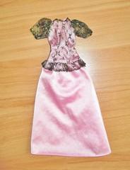 1993 Barbie Dazzling Date Fashions #68563-91 (A Thousand Splendid Dolls) Tags: 1993barbiedazzlingdatefashions6856391 barbie barbiedoll 1993barbie 1993barbiefashion barbiedazzlingdatefashions barbiefashion