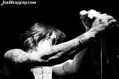 The Flaming Sideburns (Joe Herrero) Tags: seleccionar concierto concert rock roll garage blanco y negro black white bolo gig