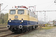 D Lokomotivclub 103 e.V.  E10 1239 Bad Bentheim 14-04-2018 (peters452002) Tags: peters452002 duitsland railways railway railroad railroads rail eisenbahn etrain elok ferrovia germany badbentheim lokomotive lokomotief locomotive bahn bahnhof br110 clickcamera spoor spoorwegen station trains train trein treinen twop