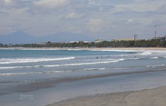 Indonesia-Bali Kuta 20171202_115114  DSCN0195 (CanadaGood) Tags: asia seasia asean indonesia indonesian bali balinese kuta beach sea surf hotel building people person canadagood 2017 thisdecade color colour shore