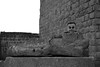 Disforia di genere (involontaria) (Colombaie) Tags: etruschi io autoritratto scemo maschio uomo femmina lazio tuscia viterbo tuscania viaggio ponte 1maggio donna etrusco etrusca sarcofago acefalo sanpietro life