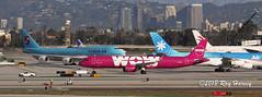 TF-SKY (320-ROC) Tags: wow wowair tfsky airbusa321 airbusa321neo airbusa321253n airbus a321 a321neo a321253n a21n klax lax losangelesinternationalairport imperialhill losangelesairport losangeles
