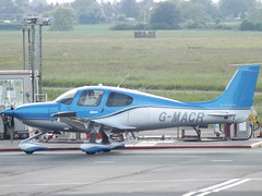 G-MACR Cirrus SR22T Private (Aircaft @ Gloucestershire Airport By James) Tags: gloucestershire airport gmacr cirrus sr22t private egbj james lloyds