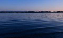 Ich würde ja das Reisefieber noch hier unten am Bodensee etwas senken, aber das Meer oben ist sowieso noch deutlich kühler. (Manuela Salzinger) Tags: bodensee lakeconstance frühling spring abend evening sonne sunset see lake