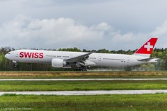 Swiss HB-JNI (TD) (U. Heinze) Tags: aircraft airlines airways airport airplane planespotting plane haj hannoverlangenhagenairporthaj nikon eddv flugzeug