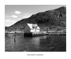 Happy Landing (YIP2) Tags: selja sognogfjordane fjell norway fjord mountain coast cloud water weather skies mountains sea bw norge landscape seascape island boat house boathouse naust