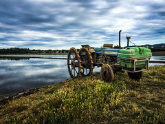 Arrozales / Rice paddy (Explore, May 8, 2018 #65) (jfraile (OFF/ON slowly)) Tags: lansdcape paisaje nubes clouds agua water tractor verde green