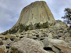 Devils Tower National Monument (Chris Denny/dennyc69) Tags: landscape stone nationalparks devilstower