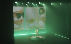 St. Vincent @ Manchester Apollo 18.10.17 (eskayfoto) Tags: panasonic lumix lx3 gig music concert live manchester band tour stage lightroom apollo manchesterapollo pop rock fearthefuturetour o2apollomanchester o2apollo theapollo stvincent annieclarke p1640556editlr p1640556