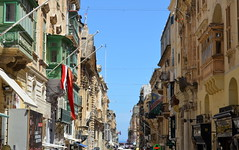 Republic Street [Valletta - 25 April 2018] (Doc. Ing.) Tags: 2018 malta valletta lavalletta ilbeltvalletta city capital spring street architecture