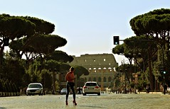 Tacchi e colosseo (portalealba on holidays) Tags: roma italia portalealba canon eos1300d 1001nights 1001nightsmagiccity 1001nightsmagicwindow