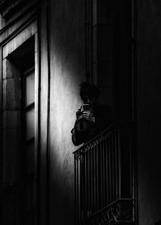 A l'ombra / En la sombra