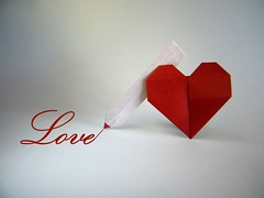 Write Love - Francis Ow (Rui.Roda) Tags: origami papiroflexia papierfalten valentines heart coeur corazon coração write love francis ow hearts4u
