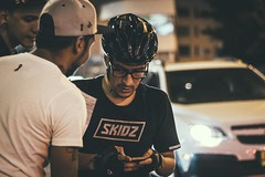 _MG_4519 (catuo) Tags: cycling cyclingteam people portrait sportphotography sport streetphotography street race racing bike trackbike bicicleta colombia carrera ciclismo canon noche alleycat