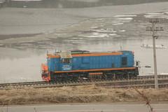 TEM18D-087 (i13rbk) Tags: fareast shore river road spring park locomotive diesel tem18d087