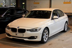 Police Scotland Unmarked BMW 330d Roads Policing Unit Traffic Car (PFB-999) Tags: police scotland ps unmarked bmw 330d 3series saloon roads policing unit rpu traffic car vehicle grilles fendoffs dashlights leds