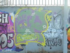 387 (en-ri) Tags: cp jael giallo verde lilla throwup torino wall muro graffiti writing occhio eye pianetini little planets
