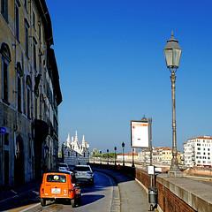 Pisa - Renault 4 (pom'.) Tags: april 2018 pisa toscana tuscany italia italy europeanunion panasonicdmctz101 renault4 renault car 4l vintagecar 100 200
